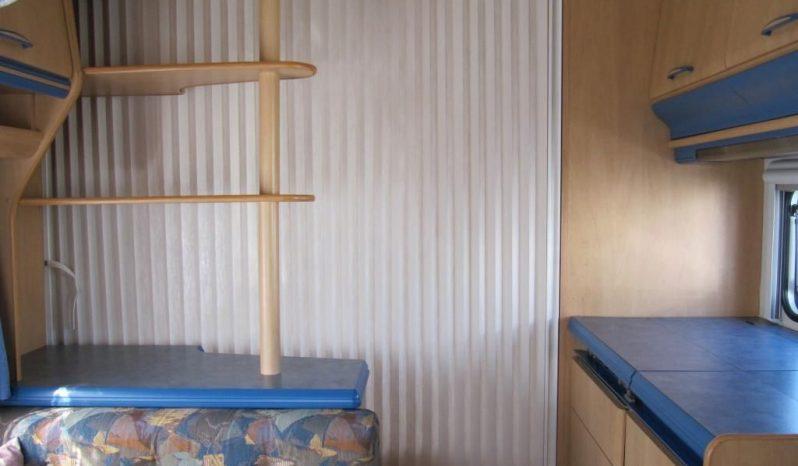 Hobby 440 SFE, r.v.2001 + mover + před stan plná