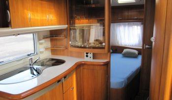 Hobby 460 UFE, model 2008 + mover + před stan plná
