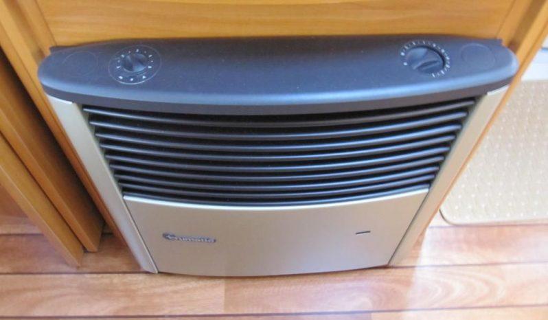 Hobby 460 UFE, model 2008 + mover + před stan + nosič kol plná