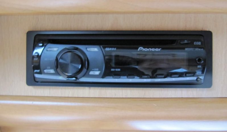 Hobby 460 UFE, r.v.2003 + před stan + zadní nosič kol plná