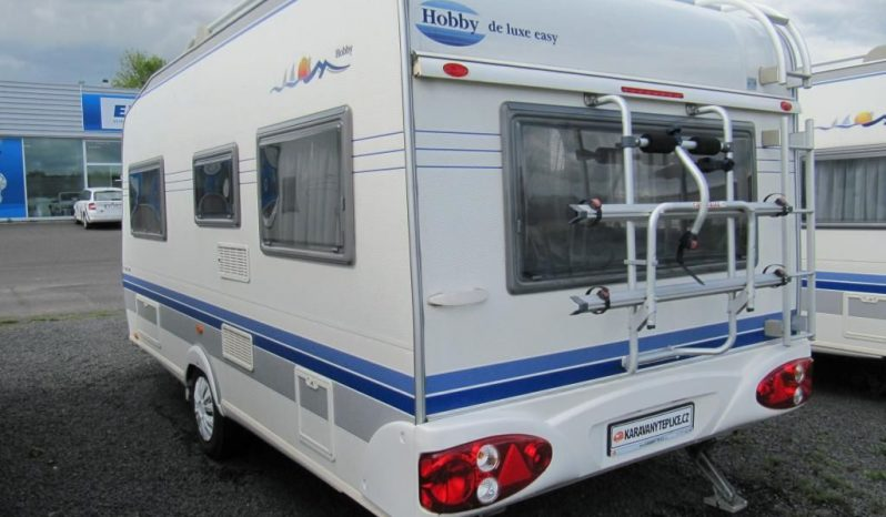 Hobby 460 UFE, r.v.2005 + mover + před stan plná