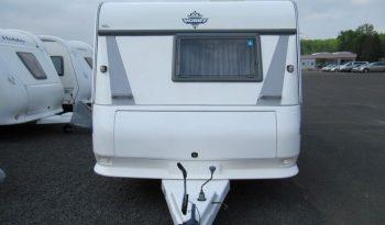 Hobby 495 UFE, r.v.2002 + automatický elektrický pojezd RAICH + před stan DOREMA + trezor plná