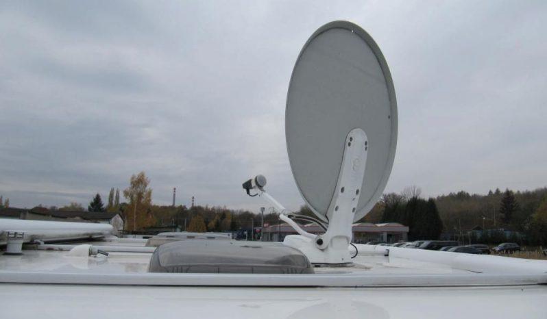Hobby 495 UFE, r.v.2009 + mover + satelit plná