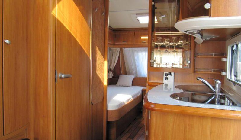 Hobby Excellent 495 UL, r.v2008 + kompletní před stan + zadní nosič kol plná