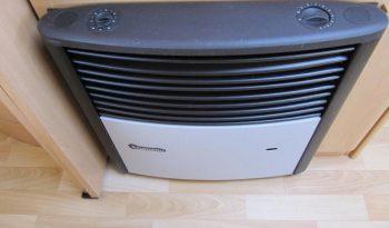 Hobby 460 UFE, r.v.2002 + mover + markýza plná