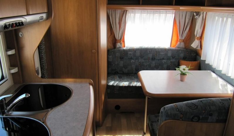 Hobby 400 SF, r.v.2005 + mover + před stan plná