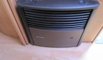 Hobby 460 UFE, model 2002 + klima + před stan plná