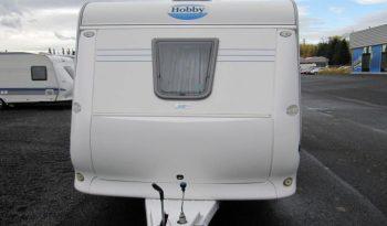 Hobby 460 UFE, model 2005 + mover + před stan plná