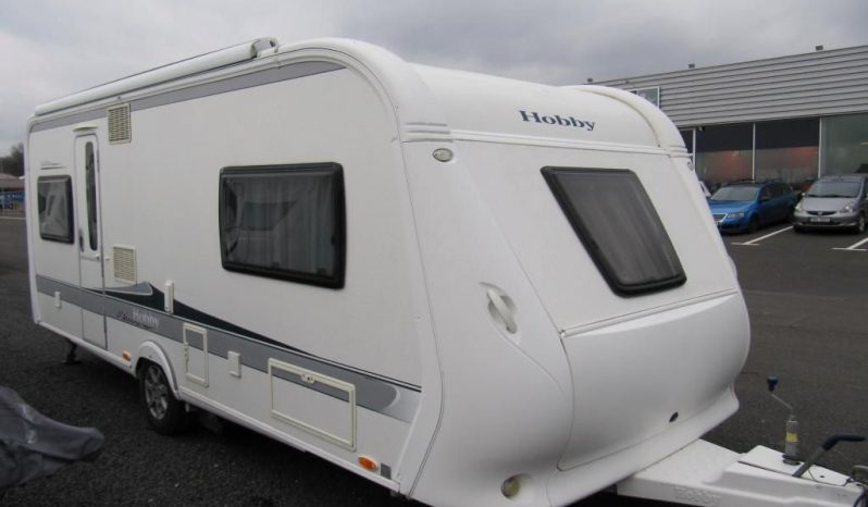Hobby 560 UL, model 2011 + mover + markýza plná