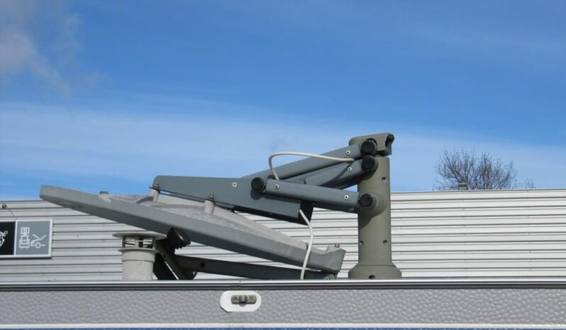 Hobby 495 FUE, model 2000 + mover + satelit plná