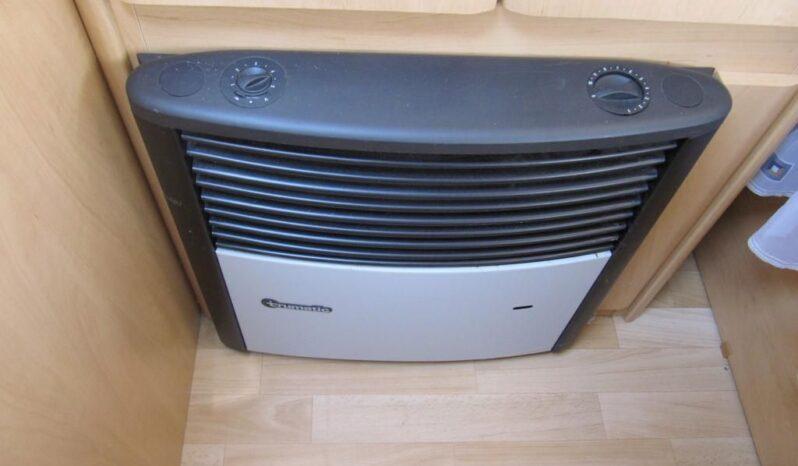 Hobby 400 SF, r.v.2002 + mover + před stan plná