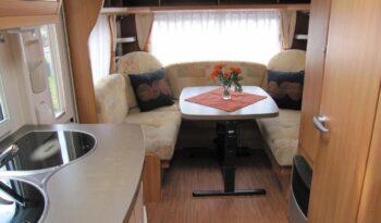 Hobby 495 UL, model 2010 + mover + před stan plná